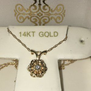 "Jewelry - Diamond 14K Yellow Gold Rose Necklace 18"" Chain"